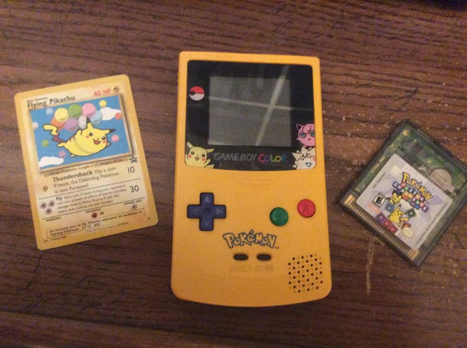 Image of Pokemon Puzzle Challenge, Flying Pikachu Card, Special Edition Gameboy